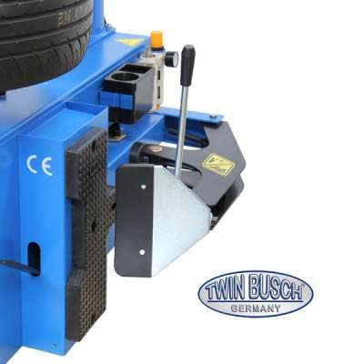 Tyre Changer with new clamping system