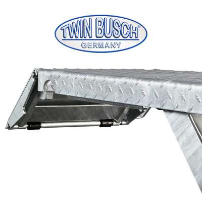 Low rise scissor lift