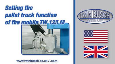 Adjusting the pallet truck function